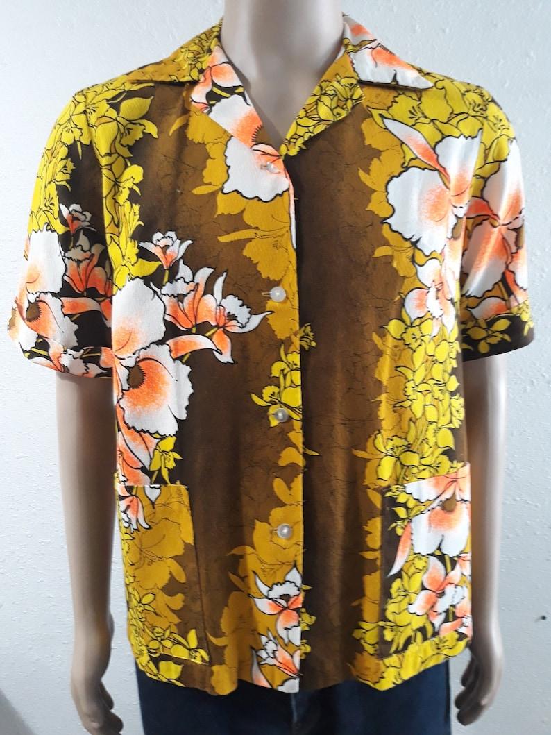 9dfaed77 Vintage 70's Hawaiian women's shirt floral print 100% | Etsy