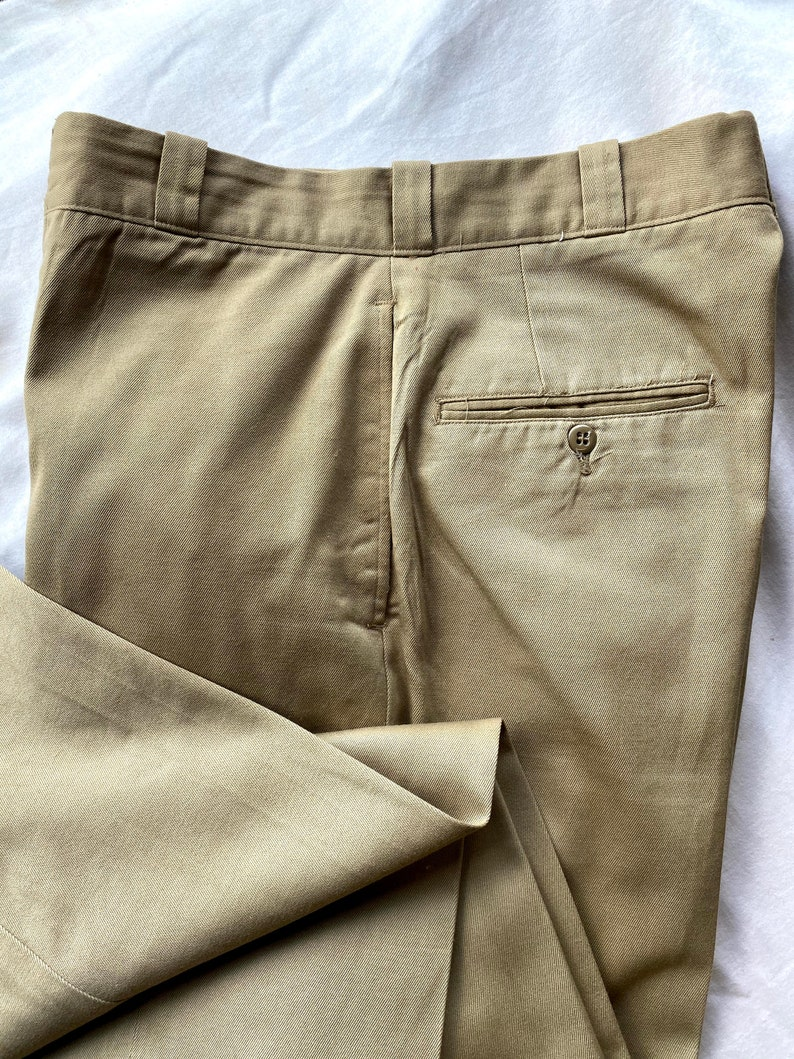 60s men/'s military chinos slacks trousers beige khaki color size 33x32 made in Usa.