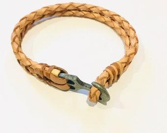 Leather men's bracelet with anchor closure