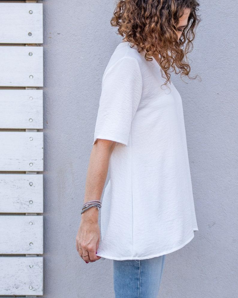 White Tunic Loose Tunic Urban Tunic Minimalist Tunic Tunic Women V Neck Tunic White Top Everyday Tunic Wide Tunic Casual Tunic