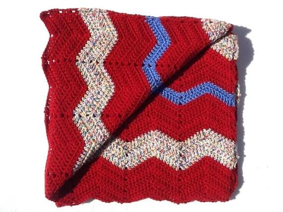 couverture b b crochet rouge rayures chevron bleu et arc en ciel couleurs primaires. Black Bedroom Furniture Sets. Home Design Ideas
