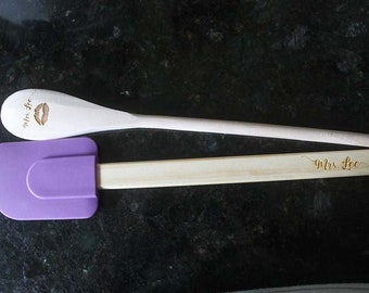 Bride gift, Personalized silicone spatula and wooden spoon set, birthday gift, wedding favor, custom gift set, cooking gift, baking gift