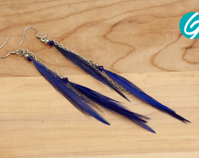 Pendant asymmetric earring - long blue feathers on inox chain - elegant, chic, light - Made in Quebec - handmade by Créations GEBO