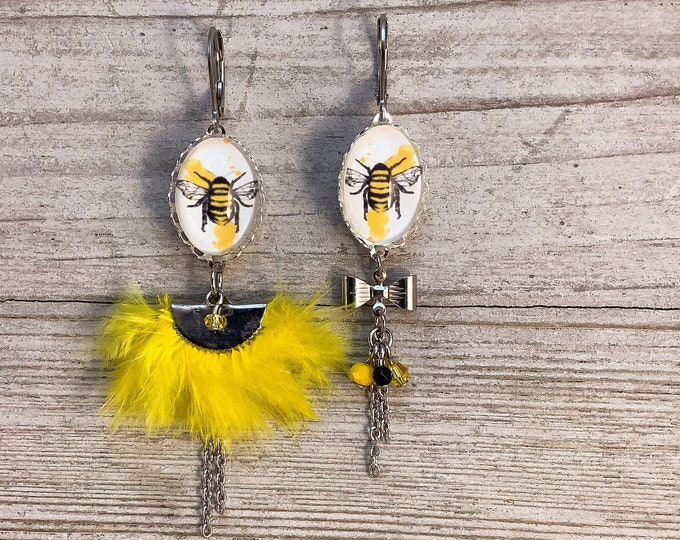 Asymetric feather long earrings yellow bee