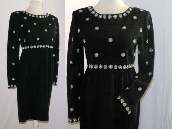 921c // 1980s black rhinestone studded wool knit d