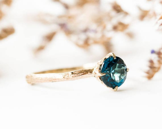 London blue topaz 14k gold classic engagement ring, solitaire topaz engagement ring, vintage inspired twig engagement ring, london blue ring