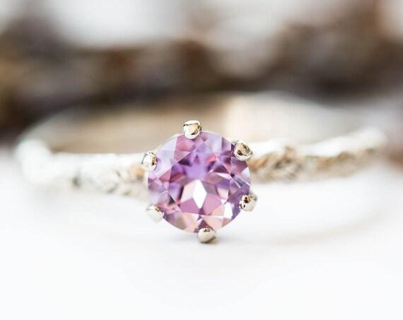 Amethyst 18k gold leaf engagement ring, rustic nature engagement ring, lavender amethyst leaf engagement ring, alternative engagement ring