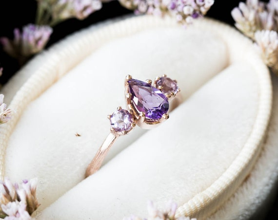 Pear amethyst three stone twig engagement ring, 14k gold pear engagement ring, alternative engagement ring, twig engagement ring, lavender