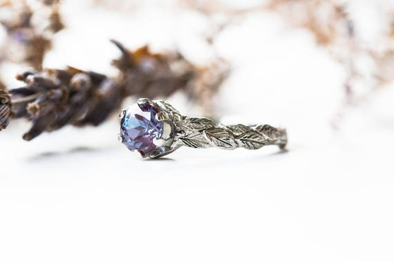 Alexandrite solitaire engagement ring, gold leaf engagement ring, leaf ring, unique engagement ring, alexandrite engagement ring, leaf band