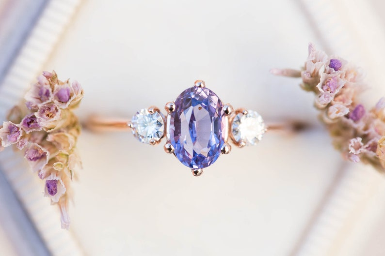 Oval lavender purple sapphire ring engagement ring purple image 0