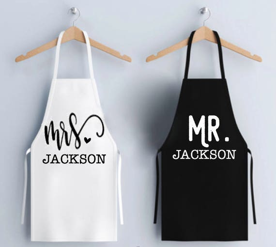 Mr Mrs Personalized Apron 2 Aprons Bride And Groom Gift Mr And Mrs Wedding Cooking Gift Custom Bridal Gift Engagement Gift Apron