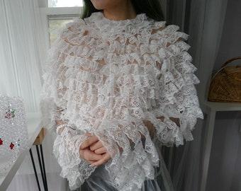 Milanblocks White vintage figure flattering lace blouse