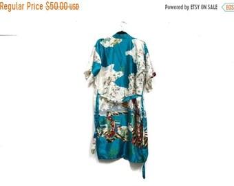 Vintage 90s Asian Robe   Floral Duster   Novelty Print Geisha Kimono Satin  Romantic Robe   Coachella Festival Fun Printed Belted Jacket 9e780b91f