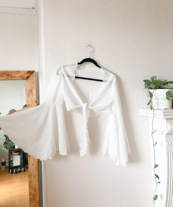 Vintage 60s White Flutter Sleeve Gypsy Boho Blous… - image 5
