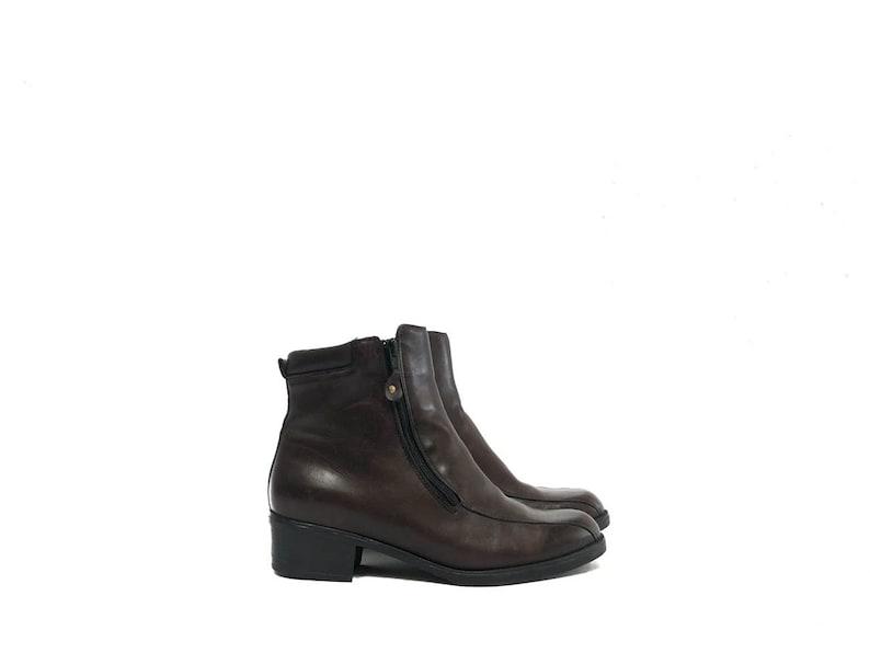 8e8515fbe9388 Vintage 60s Mod Chocolate Brown Leather Ankle Boots / Dark Brown Indie  Warhol Beatnik Modern Zip Up Ankle Boots / Block Heel Women 10 Mens 8