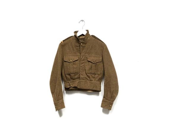Parachute Jacket Beige