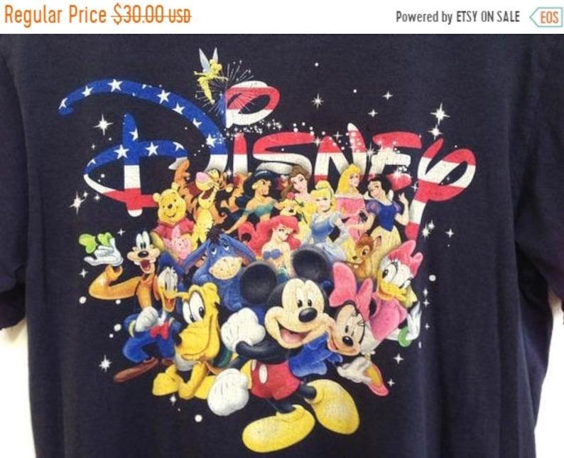 d4a84ecc957 Vintage 90s Disney T-Shirt   Walt Disney Land Disney World