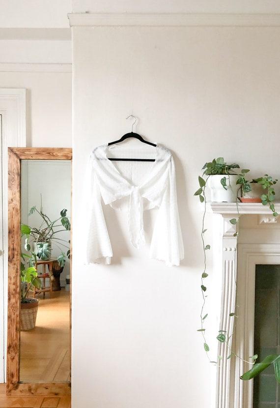 Vintage 60s White Flutter Sleeve Gypsy Boho Blous… - image 9