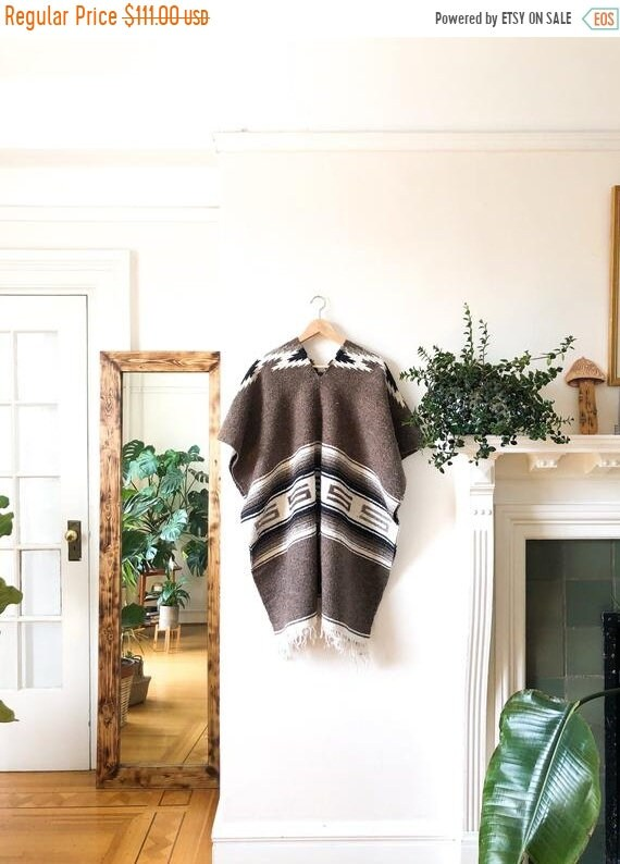 HELLO 2021 SALE Vintage 70s Blanket Poncho / Ethni
