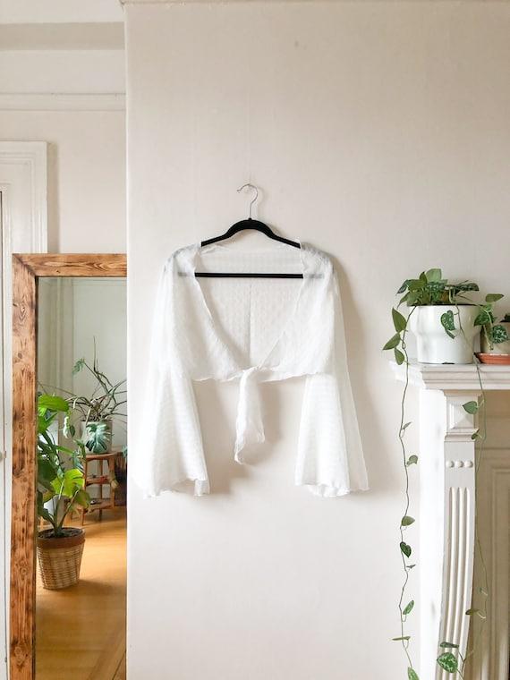 Vintage 60s White Flutter Sleeve Gypsy Boho Blous… - image 7