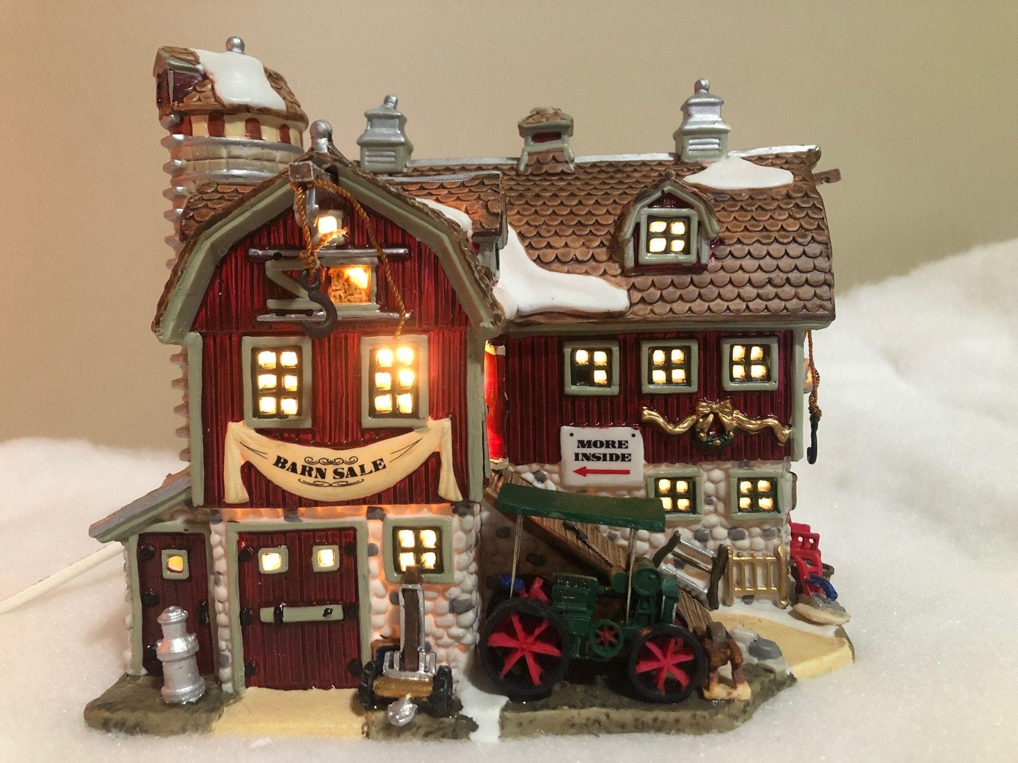 Dept 56 CALLING ALL CARS Christmas Snow Village House Accessory 51748