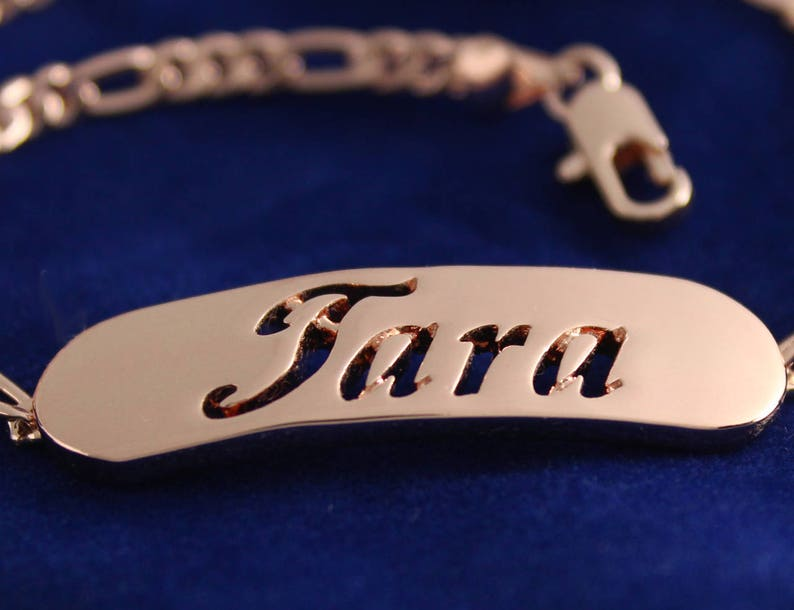 Anniversary Custom Made Crystals Birthday Christmas Gifts For Her TARA Name Necklace /& Name Bracelet Jewellery Set 18K Gold Plated