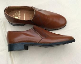 6998413a7f2 Vintage UK 6 EU 38.5 US 6.5 brown leather slip on shoes