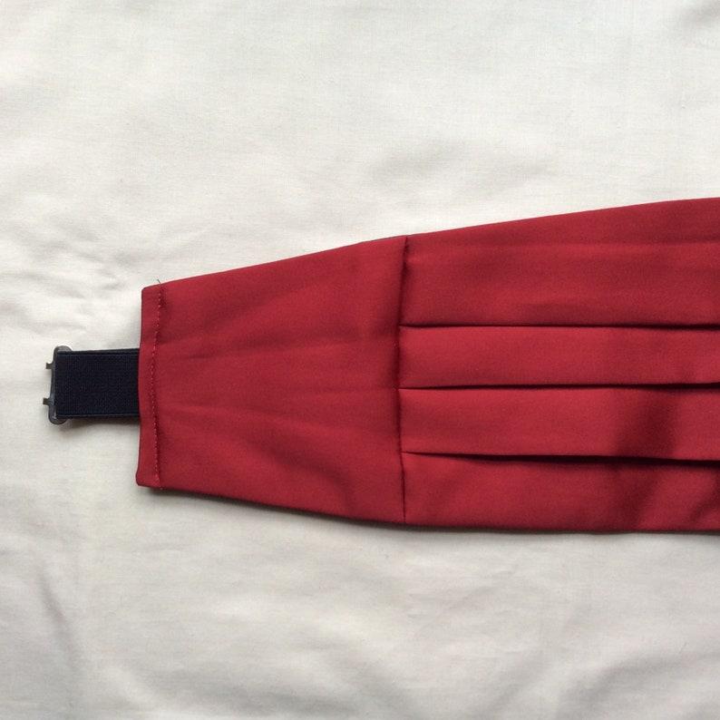 Vintage M cummerbund  bright red polyester 30-36 in 76-92 cm image 0