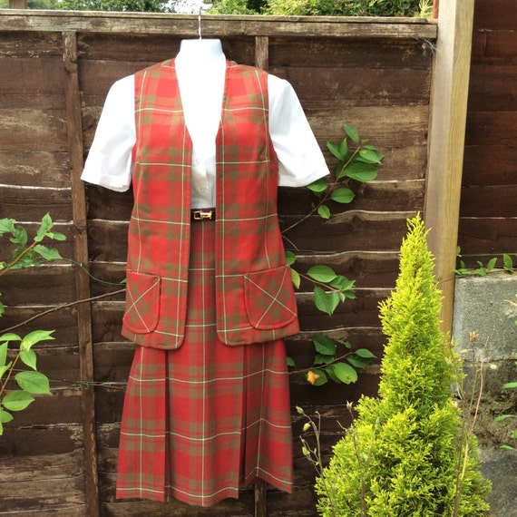 Vintage S/M 60s Scottish tartan two piece - image 1