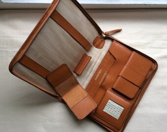 Vintage 1960s leather writing case, small tablet, authentic vintage tan pigskin case.