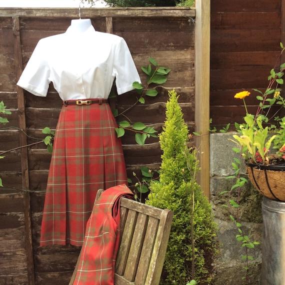 Vintage S/M 60s Scottish tartan two piece - image 2