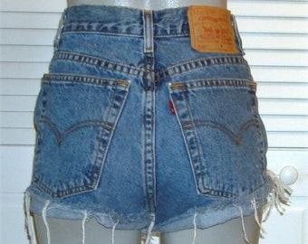 b9bc650b Vintage Levis 550 High Waist Cut Off Jean Shorts~18~