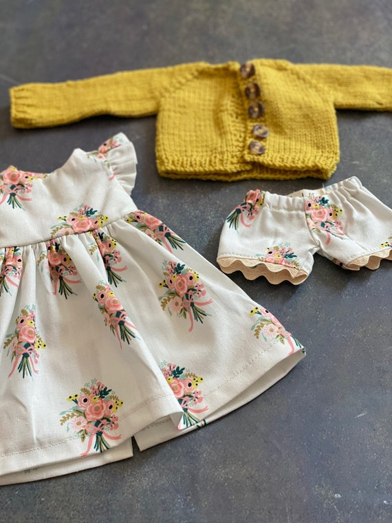 Medium Doll Clothes Set for 16.5 inch Phoebe