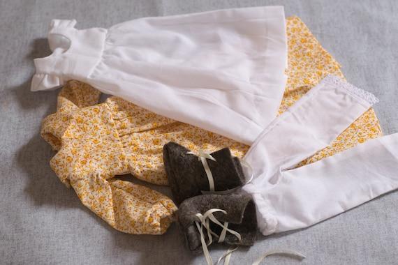 Victorian Prairie Dress Set for Small Doll