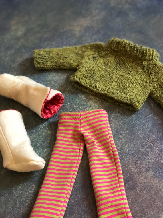 Small Doll Sweater Set