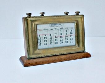 Large / Vintage / Calendar / Monthly Calendar / English / perpetual Calendar / Brass / Desktop Calendar / Study / Man Cave