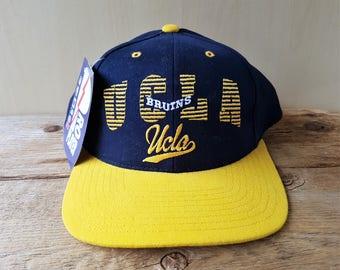 8df6bba6 UCLA BRUINS Vintage 90s Snapback Hat Pro Player NCAA Deadstock Baseball Cap  Official Licensed Collegiate 2 Tone Ballcap