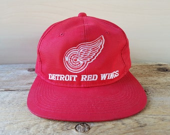 540f2372282 Detroit RED WINGS Original Vintage 90s Snapback Hat Official NhL Cap by G  Cap Embroidered Hockey Team Ballcap Wing Logo Young An