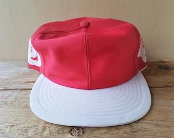 online store a4528 1756e Vintage 70s OKLAHOMA UNIVERSiTY  HELMET Style  Snapback Hat NcAA Red    White Louisville USA Baseball Cap Sooners Rare Sports Football Piece