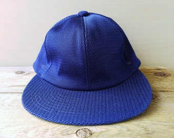 Vintage 80 s - 90 s MIZUNO WORLD WIN Japanese Baseball Cap Navy Blue Full  Mesh Rare Fitted Hat Size 55 cm Sports Ballcap 81680f81e4c