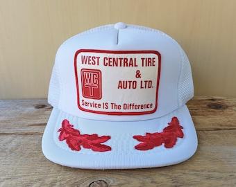 2c58b1ff470 WEST CENTRAL TiRE   AUTO Ltd. Original Vintage 80s White Mesh Trucker Snapback  Hat Red Leaf Laurel Captain Baseball Cap Kindersley Ballcap