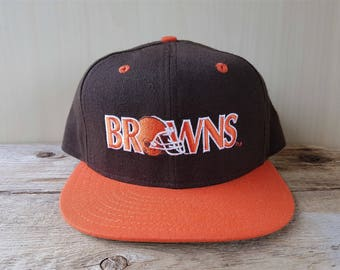 1e0e888bd34ff Cleveland BROWNS Original Vintage 90s New Era 5950 Pro Model Fitted Wool  Hat 7 1 2 Official NFL Classic Team Collection Cap NWOT Deadstock