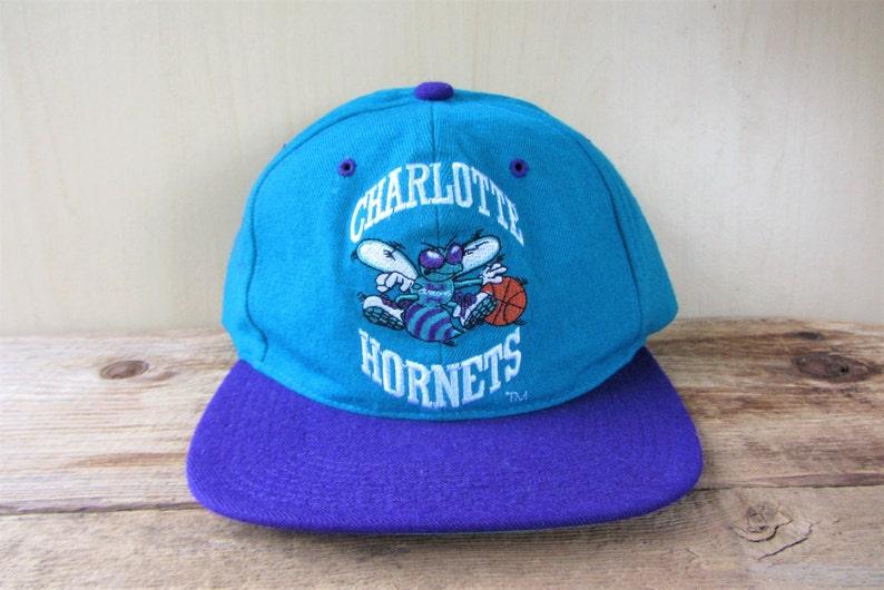 bc578cd7bf76c The CHARLOTTE HORNETS Original Vintage 90s Official NBA G Cap