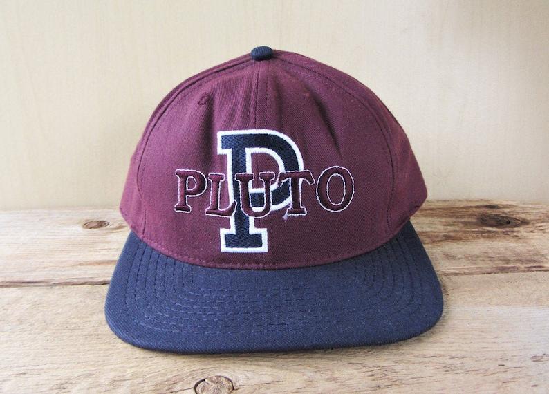 5092bc6f19d PLUTO Original Vintage 90s Varsity 2 Tone Snapback Hat
