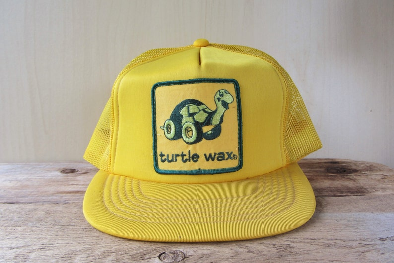TURTLE WAX Original Vintage 80s Yellow Mesh Trucker Hat Auto  3c18d7c8f535