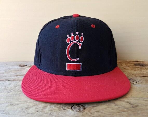 University of Cincinnati BEARCATS Vintage 90s Snapback Hat  57e1dc1897a0