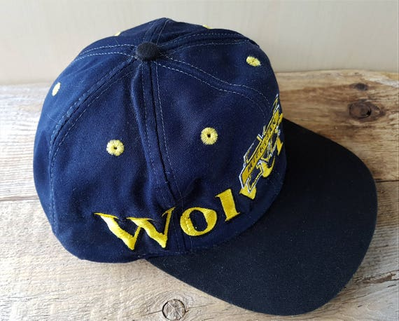 55f3f557218 Vintage Distressed Michigan WOLVERINES Logo 7 Snapback Hat