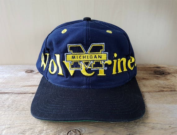 500883702c6 Vintage Distressed Michigan WOLVERINES Logo 7 Snapback Hat
