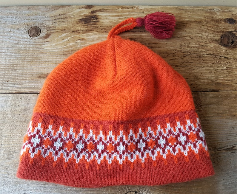 7716f89f4 Vintage 80s TURTLE FUR Orange Beanie Knit Toque Pom Winter Ski Hat Youth -  Small Adult Retro Stocking Cap Made in Canada