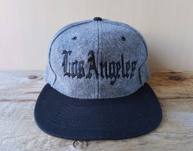 94e833a660f LOS ANGELES Vintage 80s 90s Gray Wool Snapback Hat Calligraphy